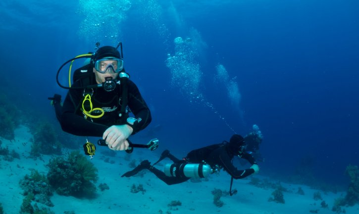 Scuba Travel, Fishinfocus, Mario Vitalini, Divers,