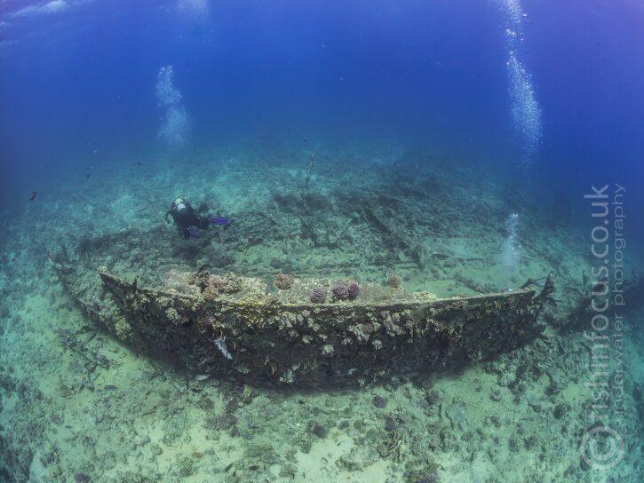 The Barge, fishinfocus, Scuba Travel