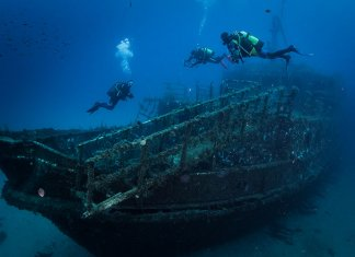 Scuba Travel, diving holidays, Malta, wreck